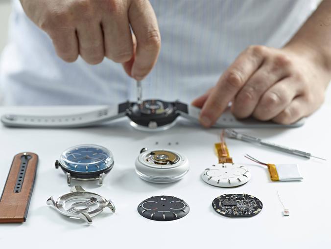 sequent-infinity-battery-life-smartwatch-6.jpg