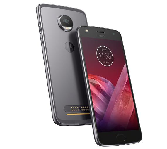 Телефон-приставка: стала известна русская цена модульного смартфона Moto Z2 Play