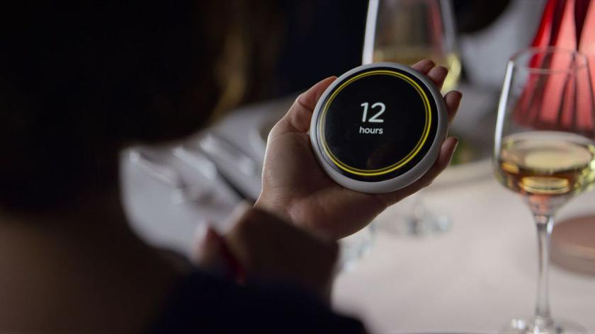 "Netflix released an application from the ""Black Mirror"", predicting the duration of the relationship"