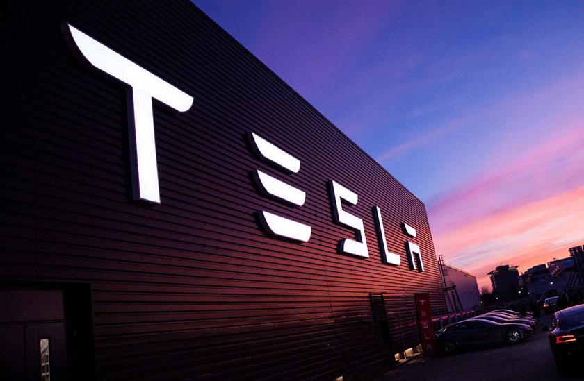 Хакеры взломали облачный сервис Tesla для майнинга