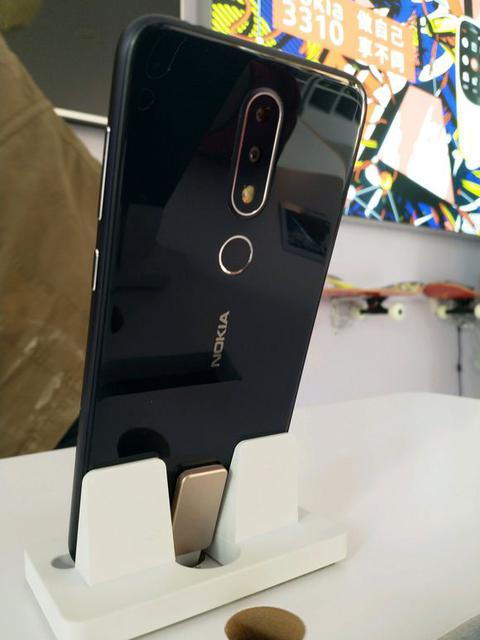 Nokia-х-х6-Китай-3.jpg