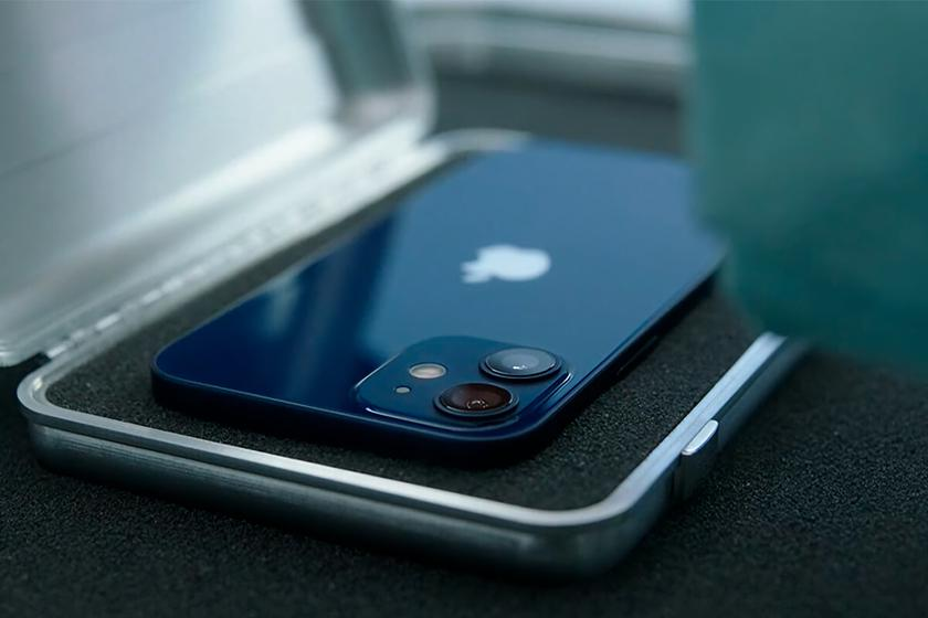 Apple открыла предзаказ на смартфоны iPhone 12 mini iPhone 12 Pro Max и смарт-колонку Home Pod mini