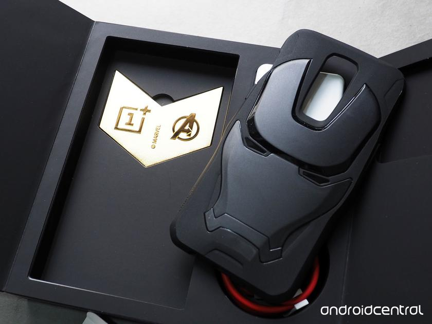 oneplus-6-avengers-unboxing-8.jpg