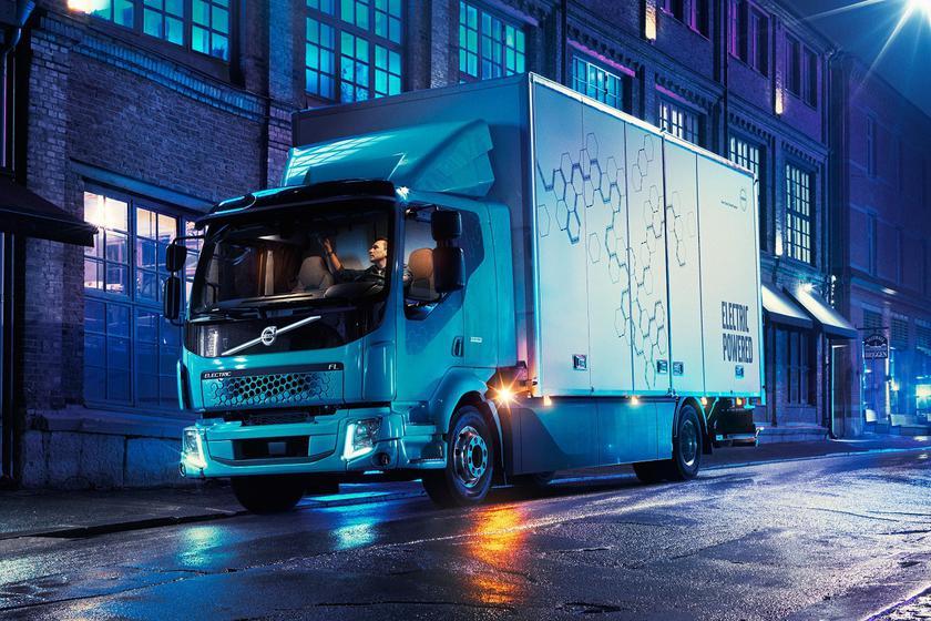 Volvo выпустила городской электрический грузовик Volvo FL Electric