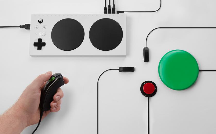 Xbox-Adaptive-Controller-178.png