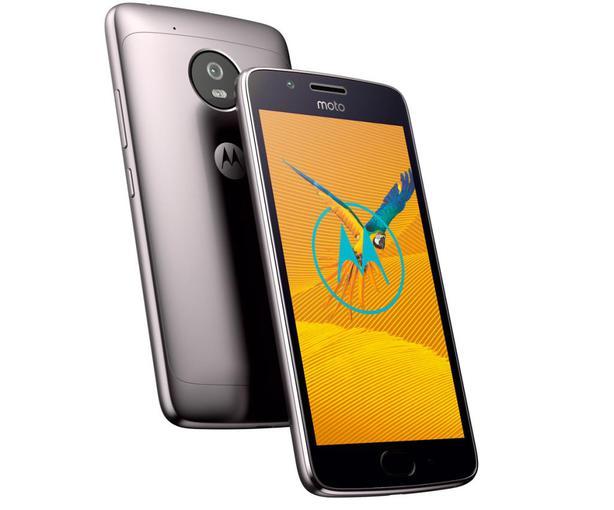 ВСеть «слили» фото телефона Moto Z2 Play