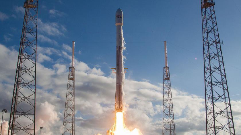 Компания SpaceX несмогла поймать часть ракеты-носителя Falcon 9