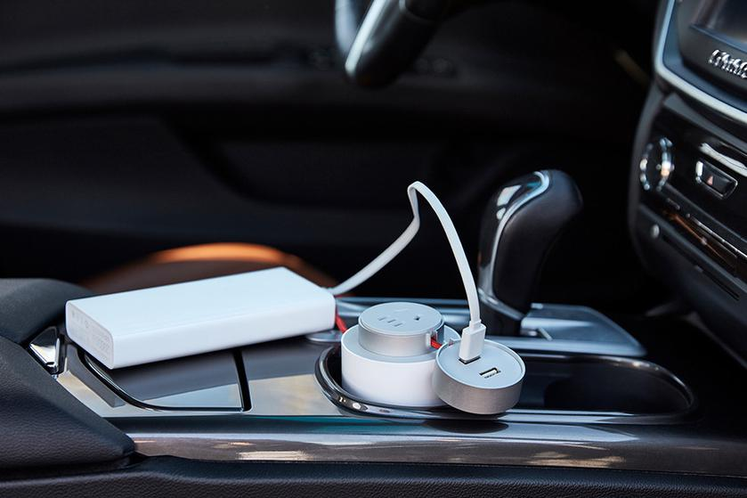 xiaomi-mi-car-inverter-4_cr.jpg