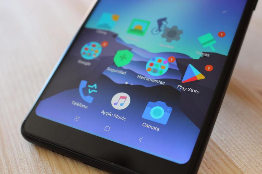 Xiaomi Mi 7 попал в базу данных Geekbench