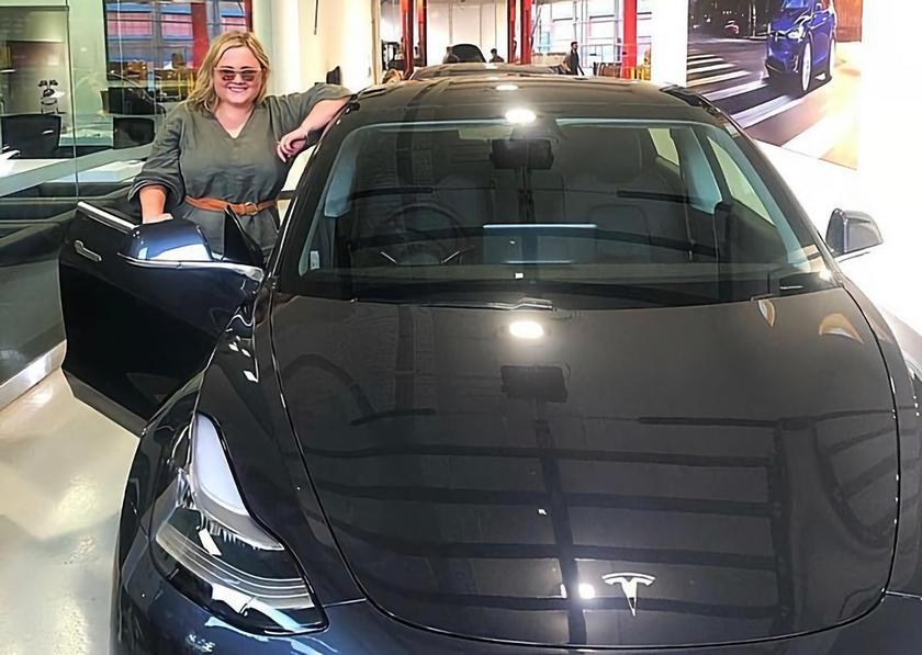 Владелица Tesla Model 3 поиздевалась над ворами которые пытались украсть её электромобиль
