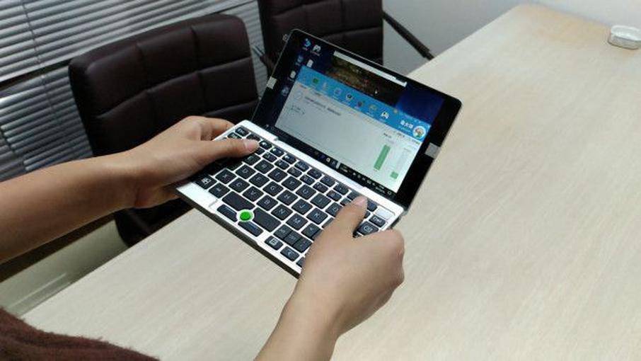 Рабочий вариант карманного ноутбука GPD Pocket показали навидео