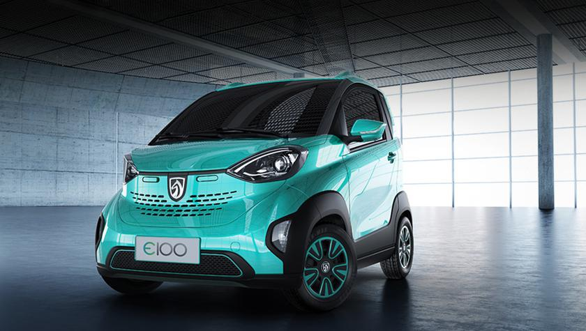 In China, released a budget electric car costing $ 5600