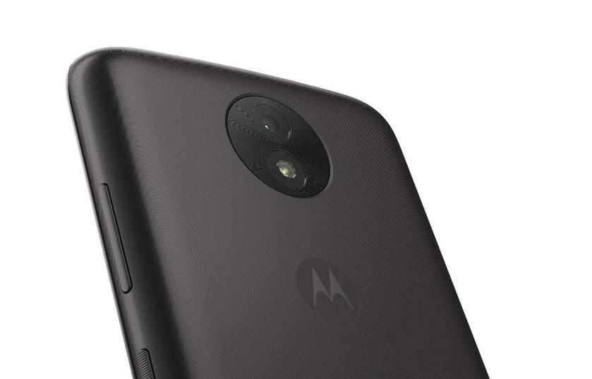 Бюджетные смартфоны Moto C2 и C2 Plus появились на первых фото