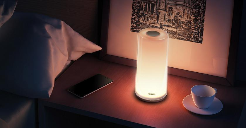 Philips-Zhirui-Bedside-Lamp-xiaomi-2_cr.jpg