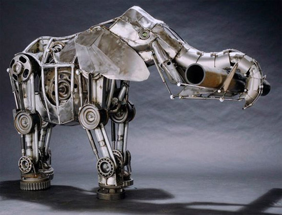 http://gagadget.com/files/u2/2008/11/SteampunkElephant_2.jpg