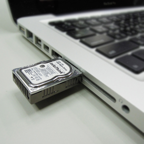 USB-флешка в виде миниатюрного жесткого диска-4