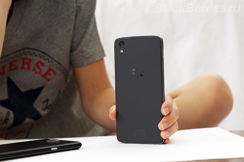 TCL выпустит 1-ый смартфон BlackBerry споддержкой 2-х SIM-карт