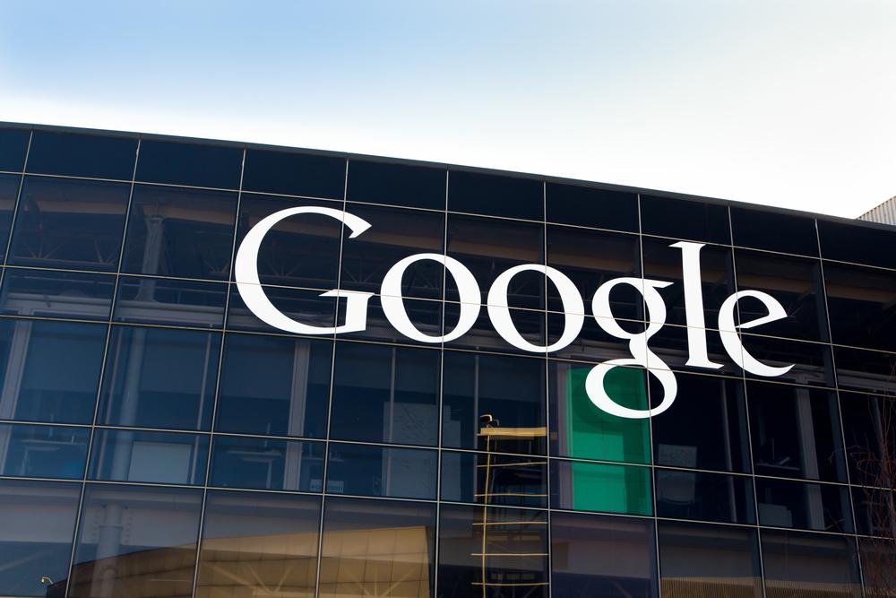 Google усилит контроль заэкстремистскими роликами наYouTube
