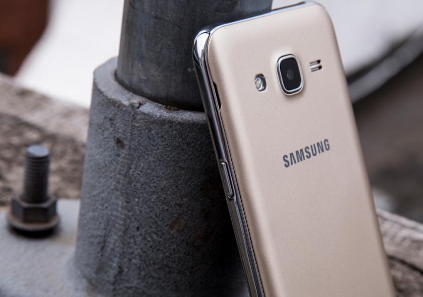 Смартфон Самсунг Galaxy J5 (2017) получит 12-мегапиксельную фронтальную камеру