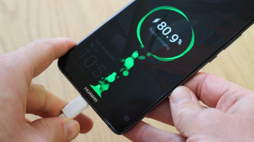Девайсы Huawei будут заряжаться за30 мин.