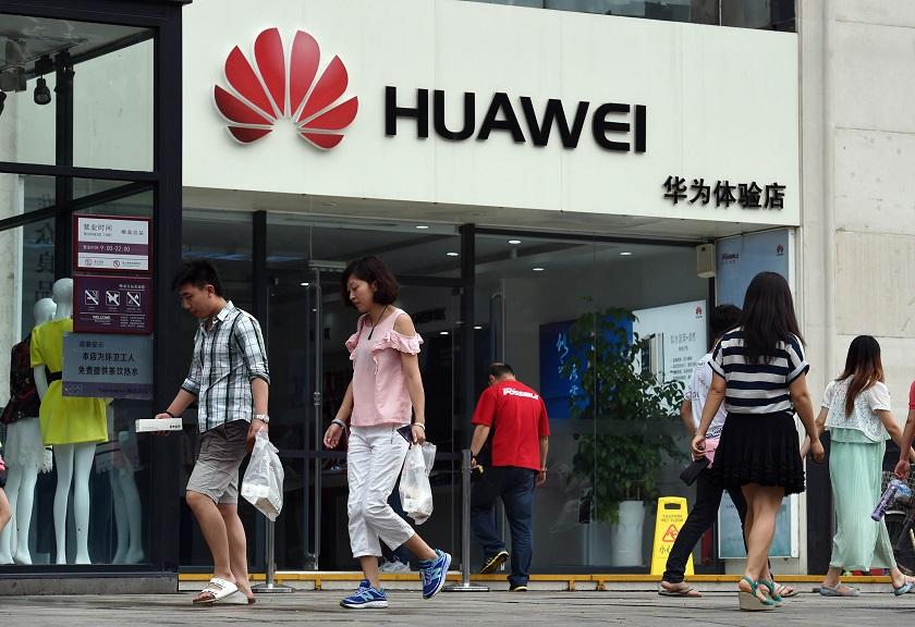 Руководитель Huawei: флагманский Mate 10 побьет iPhone