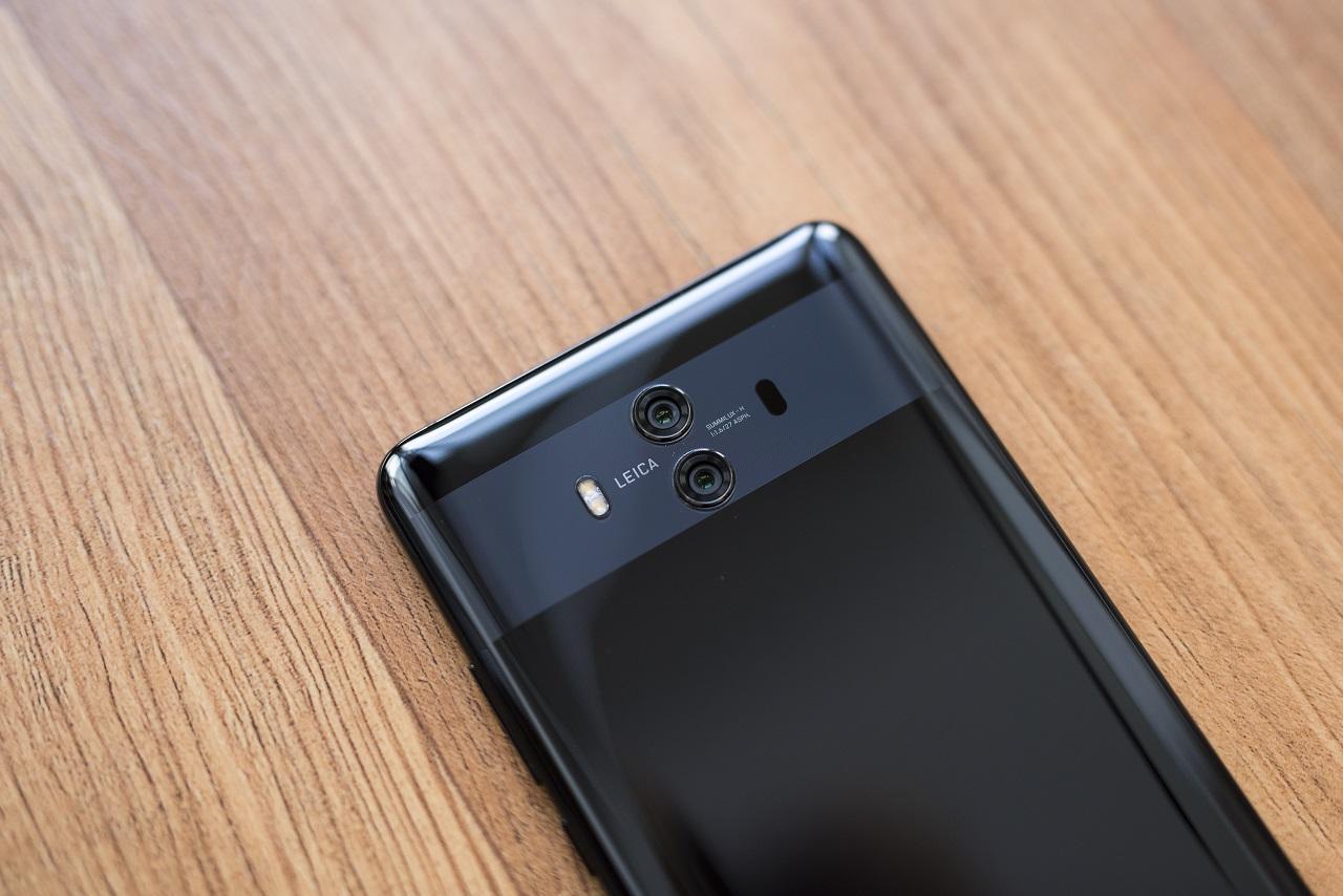 Новый флагман Huawei приобретет тройную 40-мегапиксельную камеру