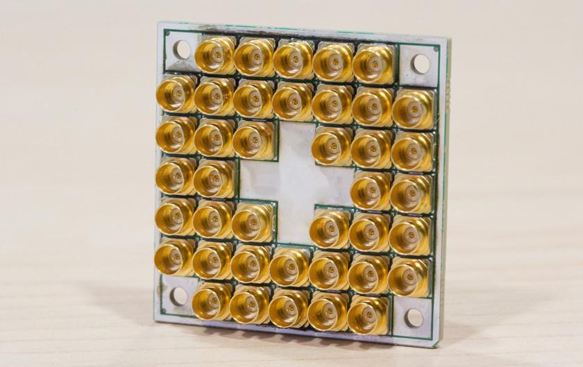 Intel выпустила процессор для квантовых компьютеров