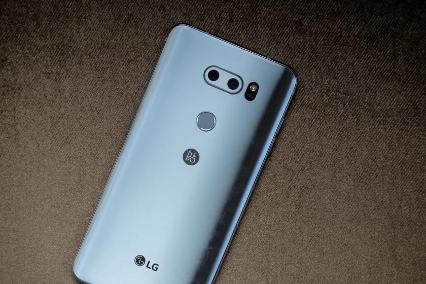 КомпанияLG уходит срынка телефонов вКитайской народной республике