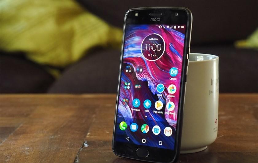 Moto X4 начал обновляться до Android 8.0 Oreo