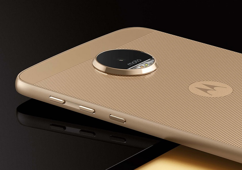 Неанонсированный Motorola Moto Z2 Play прошел тест GFXBench