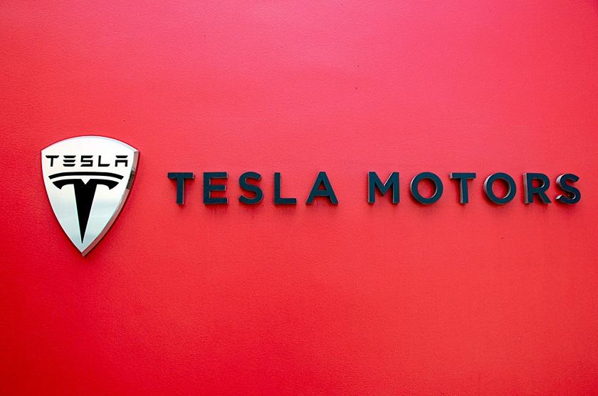 Итоги недели: Viber получил функцию смены номера, грузовик Tesla выйдет в сентябре и другие важные новости