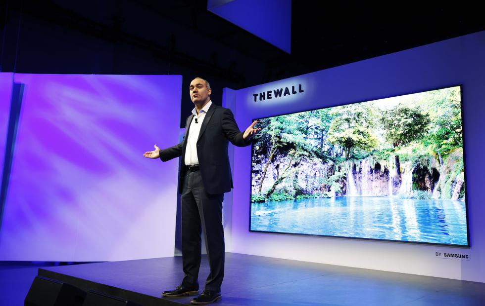 Новый 85-дюймовый 8К-телевизор Samsung улучшает картинку с помощью нейросетей