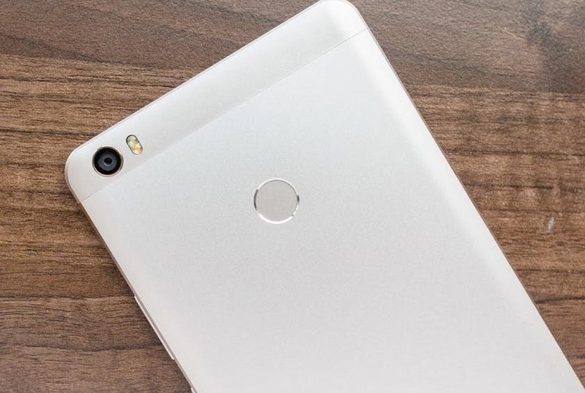 Вглобальной web-сети опубликовали фотографии фаблета Xiaomi MiMax 2