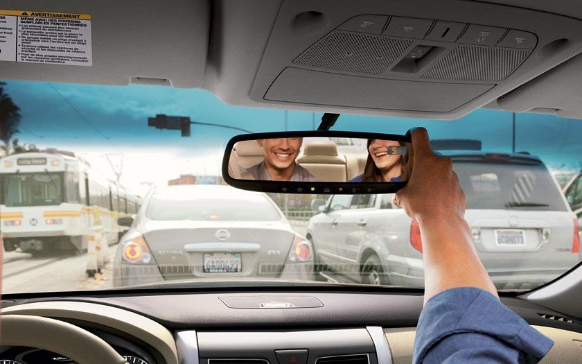 Xiaomi выпустила смарт-зеркало заднего вида для авто