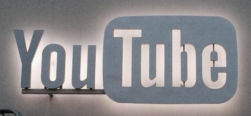 YouTube запустил собственную «соцсеть»