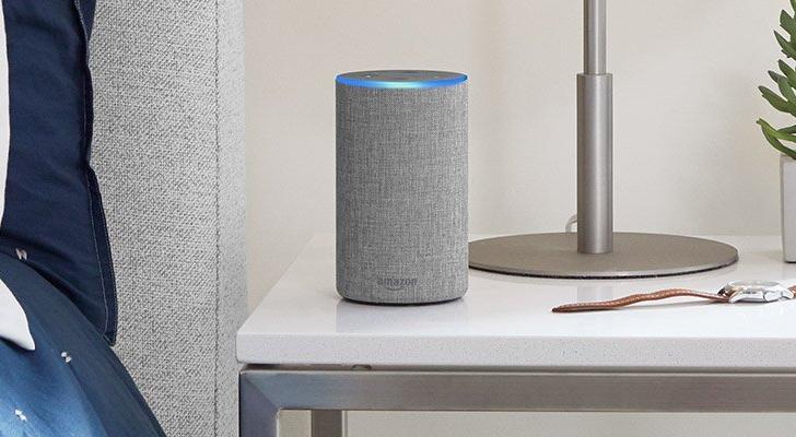 Echo Spot: «умный» будильник Amazon с видеосвязью