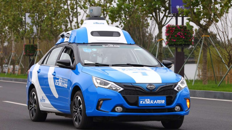 К 2019-ому Baidu начнет массовое производство автономных авто