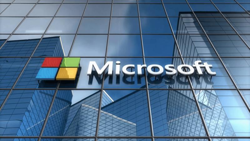 Экс-сотрудник Microsoft сказал, кто виновен впровале мобильной версии Windows 10