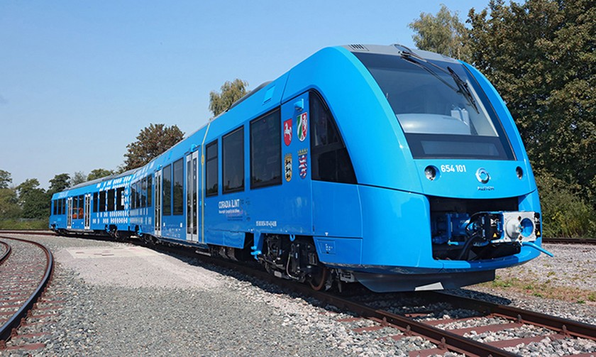 ВГермании запустят 1-ый вмире поезд наводородных топливных элементах