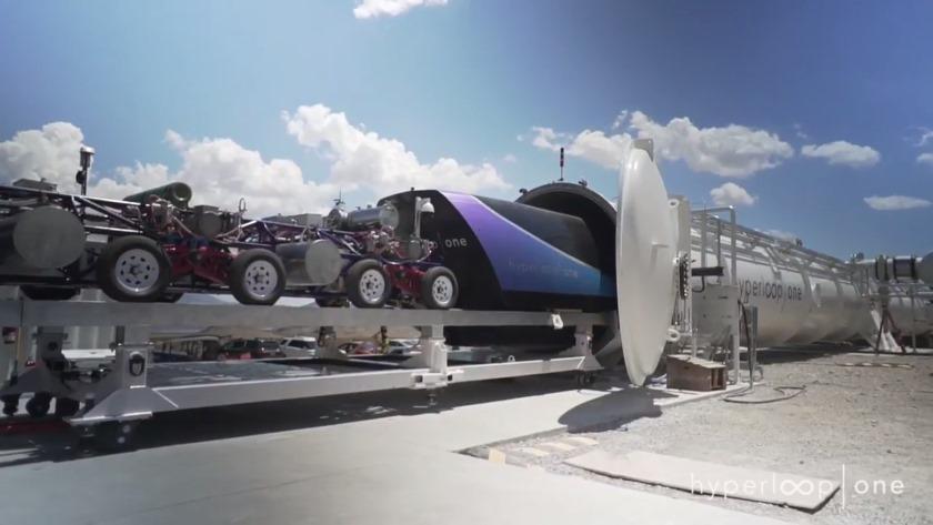 Капсулу для Hyperloop разогнали до323 км/ч