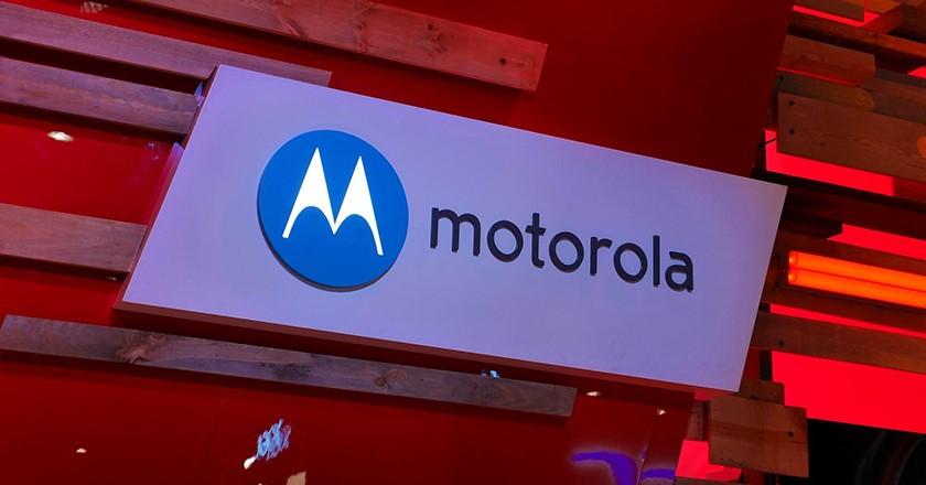 Новый рендер Moto Z3 Play демонстрирует дизайн смартфона со всех сторон