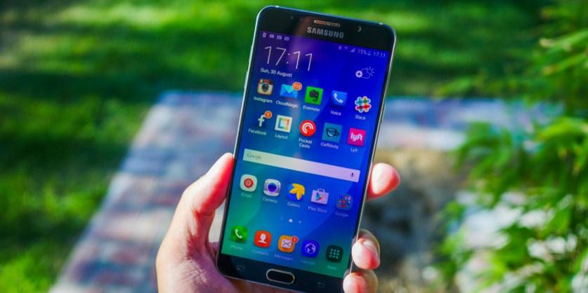 Флагманский планшетофон Samsung Galaxy Note 6 представят в июле