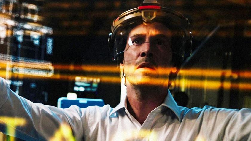 Киану Ривз снялся в кинофильме оклонировании иискусственном интеллекте