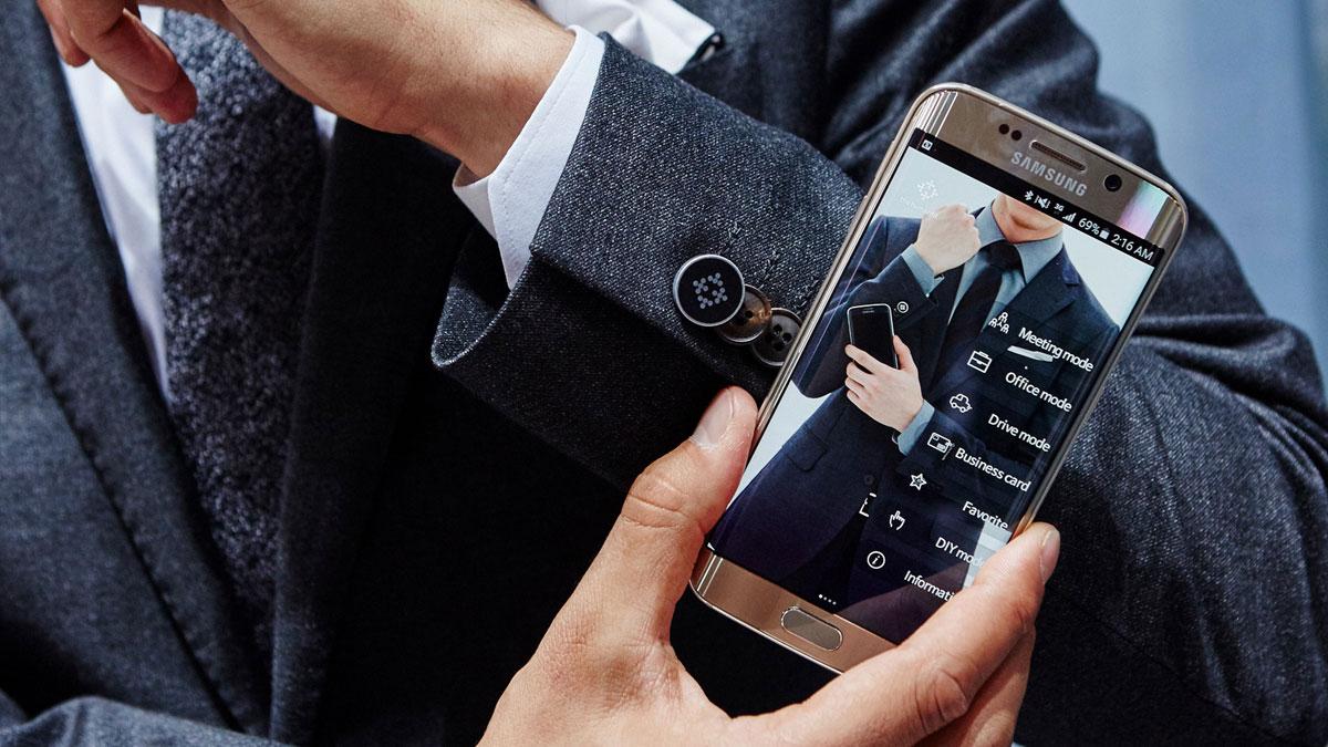 Самсунг запатентовала новый смарт-джемпер для подзарядки девайсов