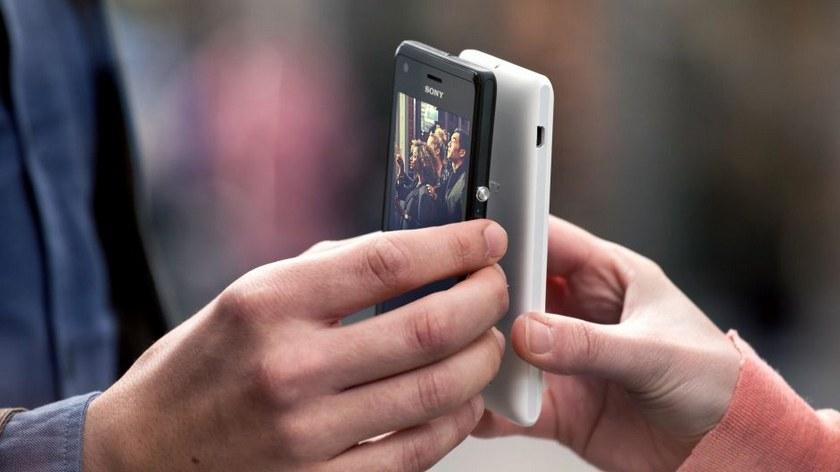 Сони научила мобильные телефоны подзаряжать друг дружку «повоздуху»