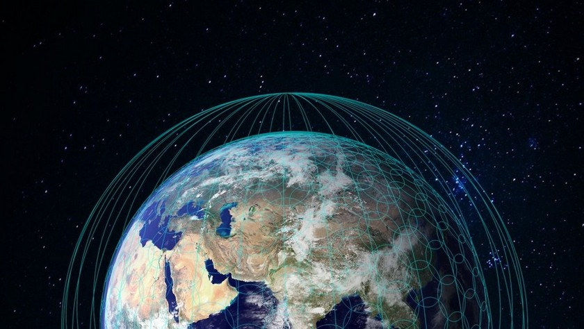 Компания SpaceX установит наорбите неменее 4 тыс. интернет-спутников