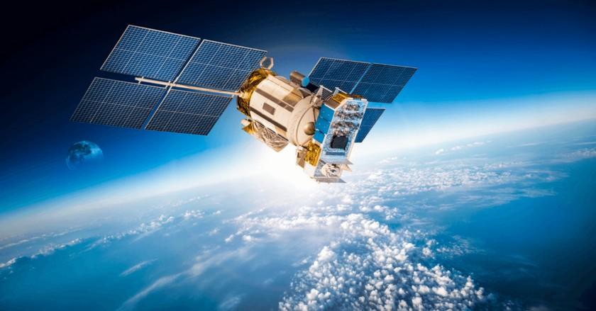 SpaceX планирует раздавать интернет изкосмоса в 2019г