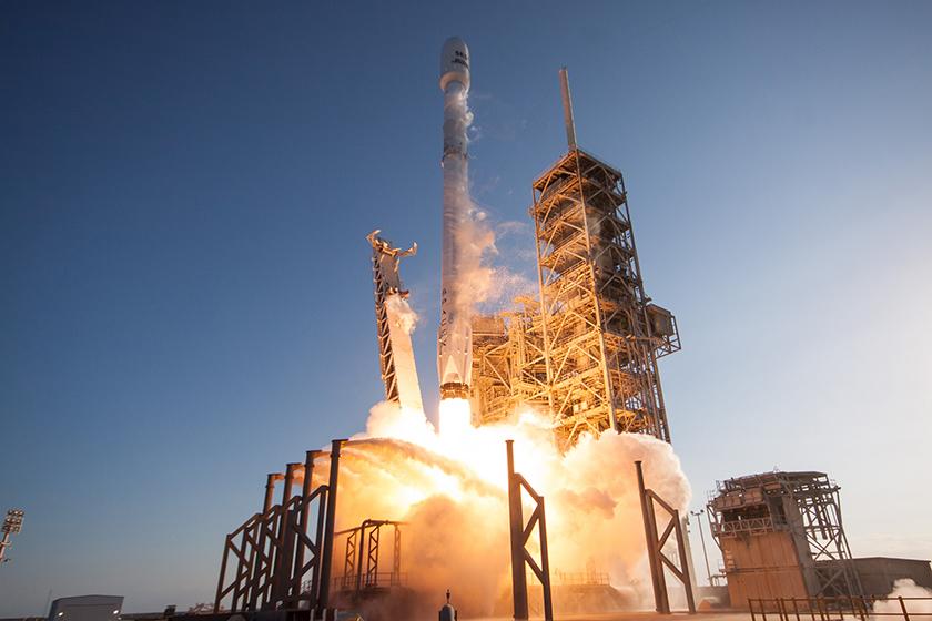 SpaceX впервые вистории во 2-ой раз запустила вкосмос одну ракету