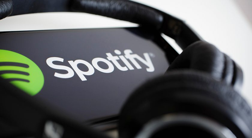 Музыкальный сервис Spotify начнет выпускать свою технику