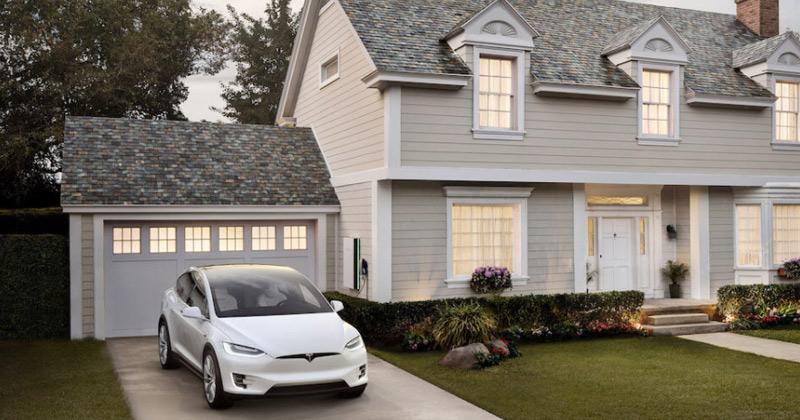 Tesla начала установку солнечной черепицы вдомах клиентов
